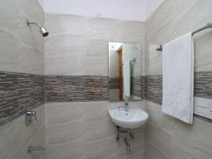 OYO 27026 Iris Homestay, Ubytování v soukromí  Gurgáon - big - 7
