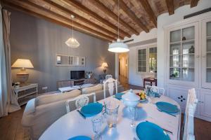Habitat Apartments Alaia