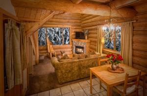 Alta Crystal Resort at Mt Rainier - Hotel - Enumclaw