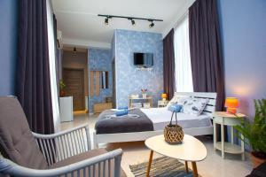 Shiny Avlabari Apartment