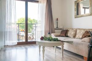 Stylish Apartment at Main Station Pawia by Apart Service
