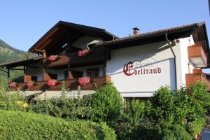 Kleines Hotel Edeltraud - Eßbaum