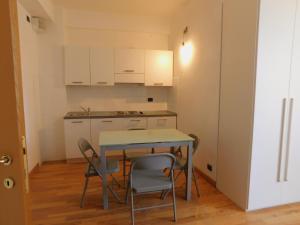 Fratelli Asquasciati 53 Apartments Sanremo - 023 - AbcAlberghi.com