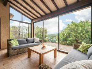 Appealing Villa in Cebazan with Private Swimming Pool