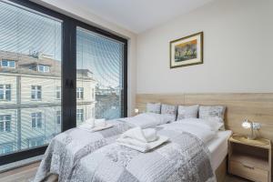 Apartments Kraków Rajska 3 by Renters