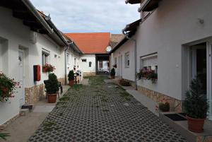 Hungaria Apartments, Апартаменты  Печ - big - 25