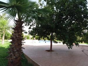 obrázek - Ferme avec villa et piscine