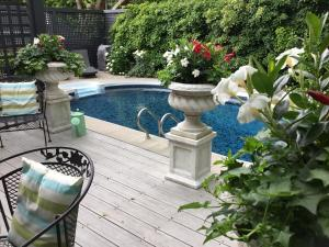 Stone Garden Inn - Hotel - Trenton