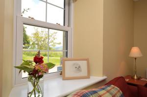 Barr Cottage, Дома для отпуска  Minard - big - 11
