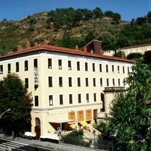 Gran Hotel Balneario - خيرتي