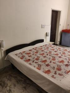 Spacious room iffco chowk, Alloggi in famiglia  Gurgaon - big - 1