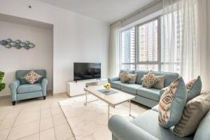 Two Bedroom Apartment with Balcony in Dubai Marina by Deluxe Holiday Homes -