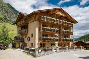 Hotel Gasthaus Edelweiss - Pfelders