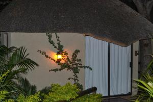 Chobe Sunset Chalets, Affittacamere  Lesoma - big - 4