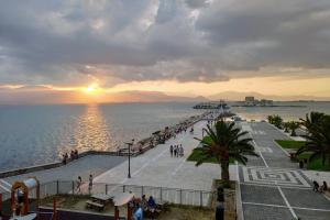 apt.27-102 Argolida Greece