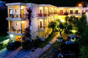 Hostels e Albergues - Hotel Loukas & Apartments