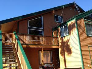 Apex Whitetail Chalet - Apartment - Apex Mountain