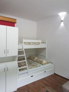Apartma Opendoors Postaja