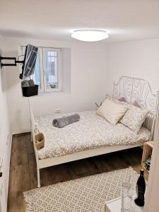 Pocket Apartment Dell