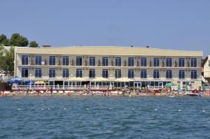 Недорогие гостиницы Голубой Бухты