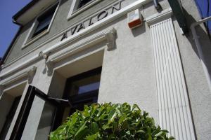 Avalon Rooms, Гостевые дома  Орадя - big - 55