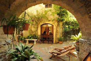 Borgata Cantone Country House B&B - AbcAlberghi.com