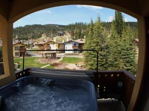 Crystal Forest #54 By Bear Country - Hotel - Sun Peaks