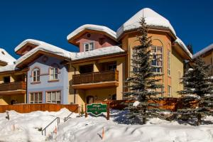 Crystal Forest #01 By Bear Country - Hotel - Sun Peaks