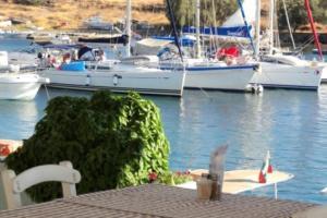 PERDIKA STONEHOUSE Aegina Greece