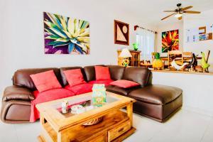 Deluxe Family Room E8 Dolce Vita Caribe B&B