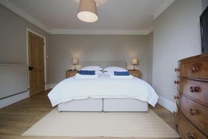 obrázek - Salisbury 5 bedroom, 7 bed townhouse