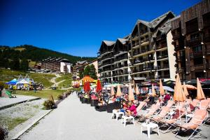 Résidence l'Edelweiss A, zone les Chalps - Hotel - Risoul