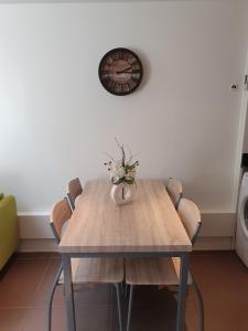 Mini Loft Daval, Apartments  Paris - big - 5