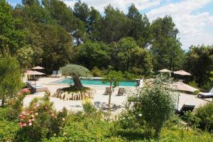 Location gîte, chambres d'hotes Le Mas Du Loriot dans le département Vaucluse 84