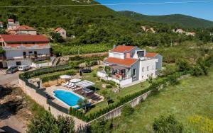 Luxury Villa Nadalina-Dicmo