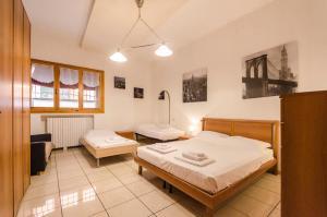 Carro Apartment, in the Heart of Bologna - AbcAlberghi.com