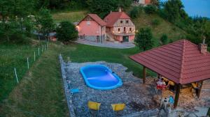 Vintage villa with swimming pool,sauna....