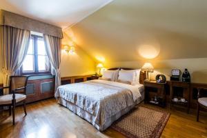 Golden Well Hotel (18 of 49)