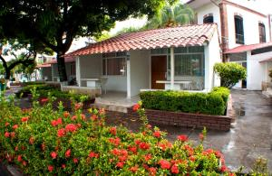 Hotel Los Puentes Comfacundi, Hotels  Girardot - big - 23