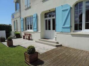. Appartement avec jardinet, la plage à 200m