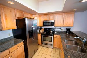 . 3Br Ski-In, Ski-Out - Sleeps 10 And Remodeled Kitchen Condo
