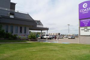 Coast West Edmonton Hotel & Conference Centre