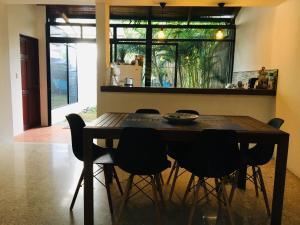 La Sabana Guesthouse