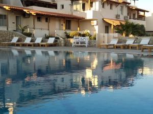 Creta Suites