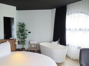 Hotel Tayko Bilbao (20 of 106)