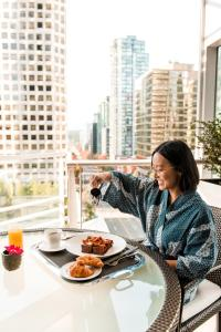 Shangri-La Hotel, Vancouver (17 of 73)