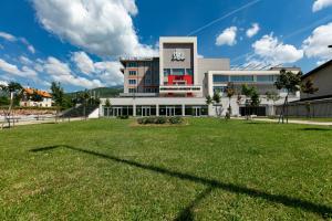 Hotel IUT - Travnik