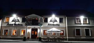 . Zajazd Zamkowy - Schloßgasthof
