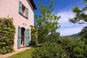 Castel Arienti Halldis Apartment - AbcAlberghi.com