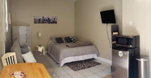 Lovely & modern room in Miami 1 bed & sofa/1 bath